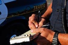 Autoridades sancionan a dos casinos físicos